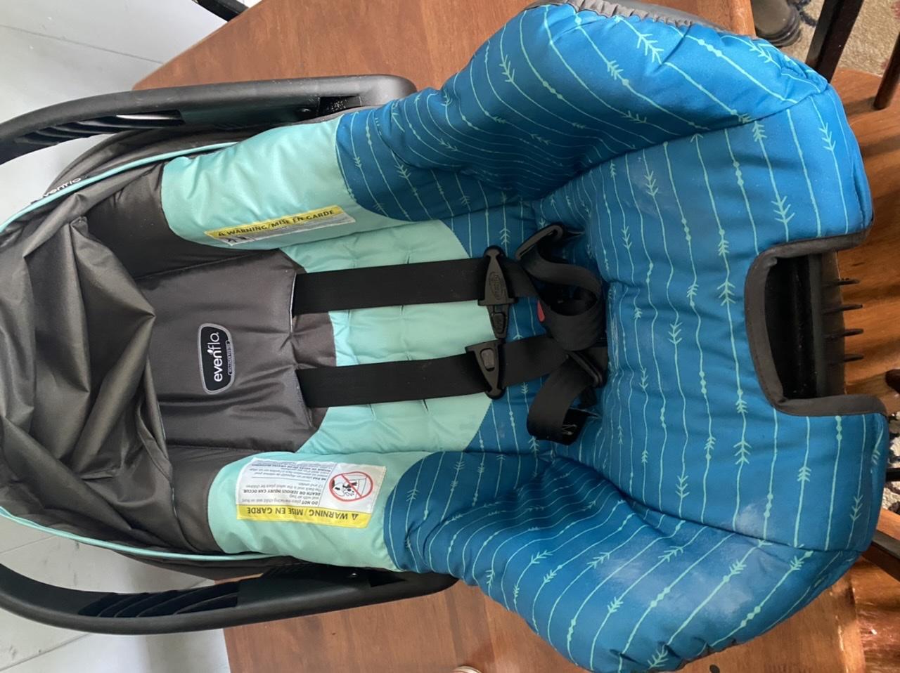 Evenflo infant carrier