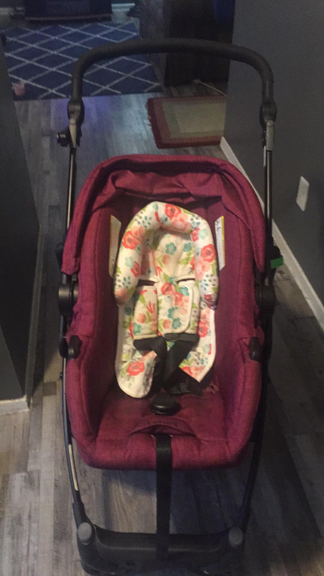 Urbini car seat/stroller