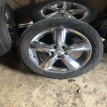 Dodge Ram rims whit tires