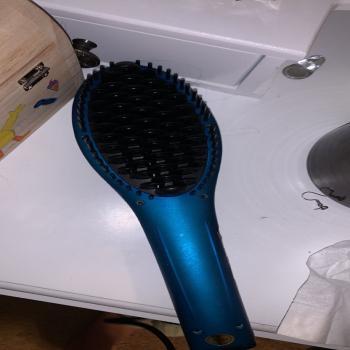 Straightening Hairbrush