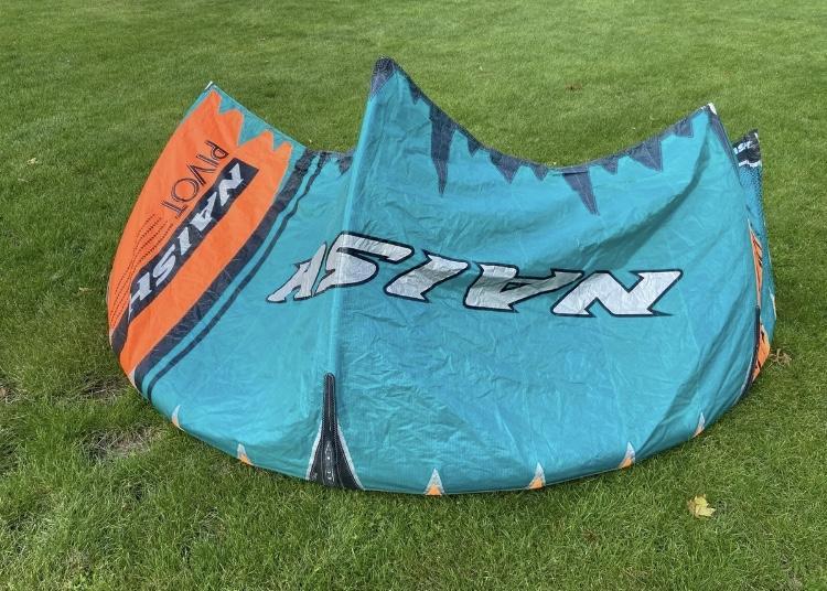 Naish 2020 7M Pivot kitesurf kite