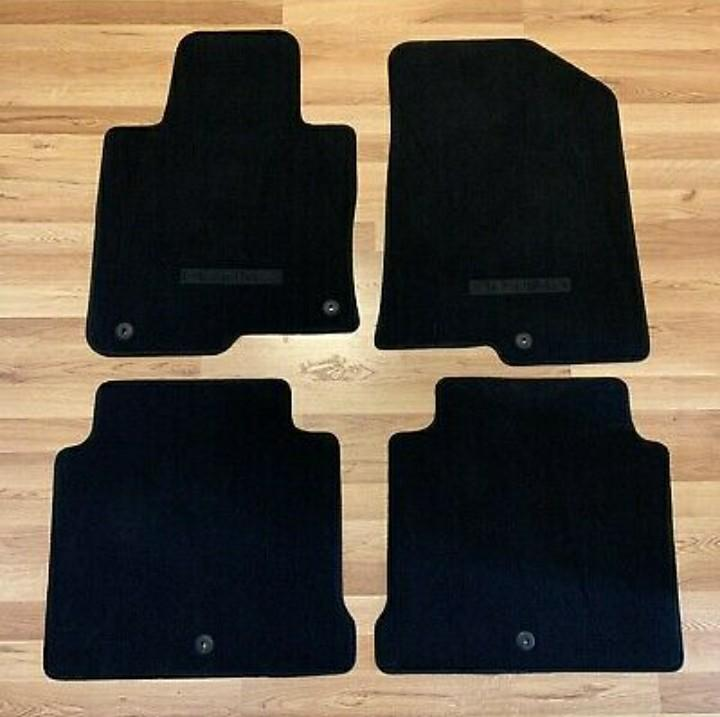 Kia optima 2020 black floor mats in hialeah,fl 330