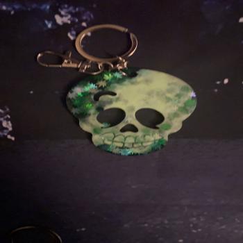 Skeleton head keychain