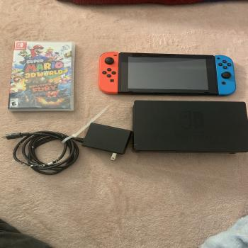 Nintendo Switch + Game