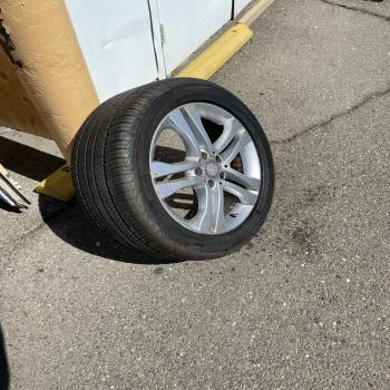Mercedes Benz tires