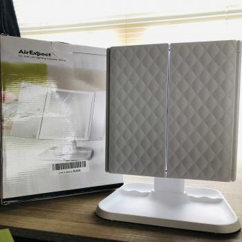 Tri-fold LED Lighting Mirror