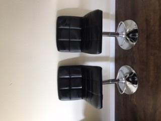 Bar stools set of four