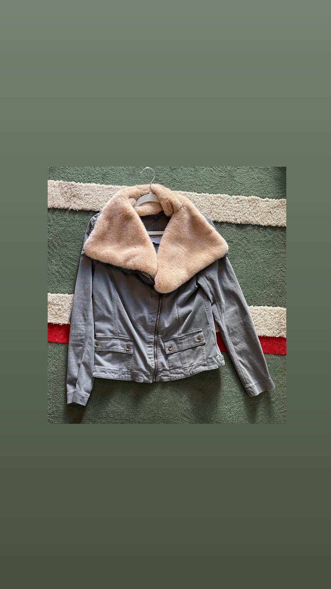 Canvas jacket with large faux fur collar