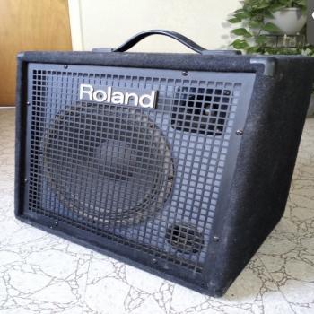 Roland keyboard amplifier
