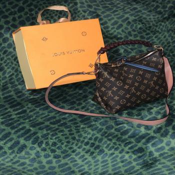 Lv authentic purse