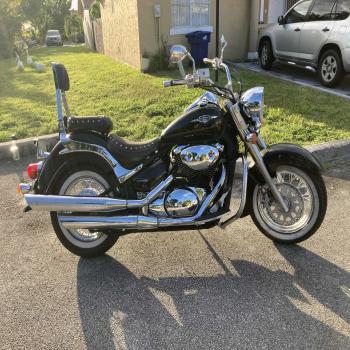 motorcycle Suzuki boulevard/08