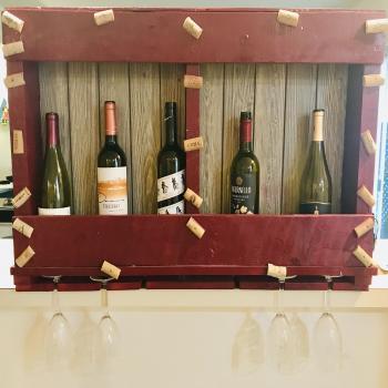 Custom pallet wine rack