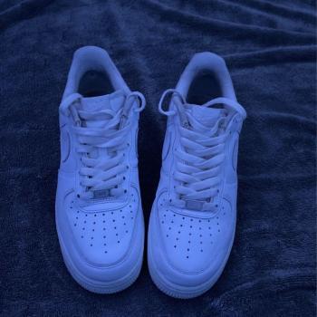 white air force 1s